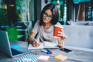 Kiat Sukses Bisnis Jasa Freelance Untuk Pemula